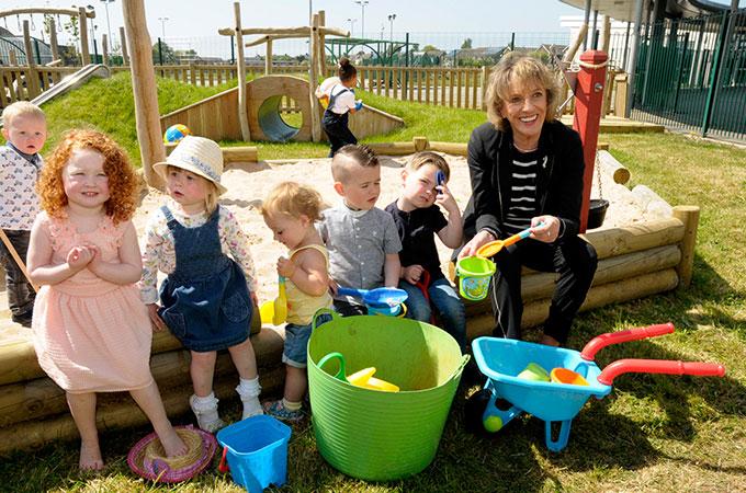 Mereside Children's Centre Sand Play